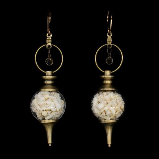 """Image of """"Vee"""" Bone Orb Earrings"""