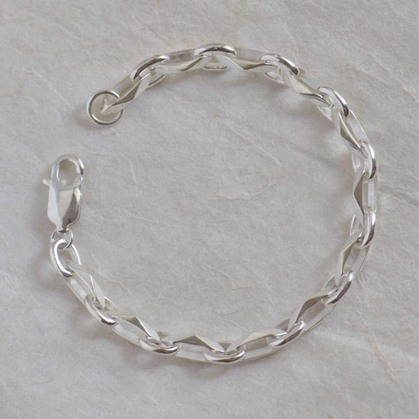 Image of Monochrome Geometric knots solid silver bracelet