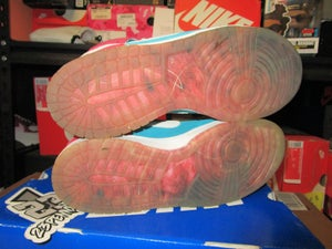 """Image of SB Dunk High Premium """"Bloody Gums"""" *PRE-OWNED*"""
