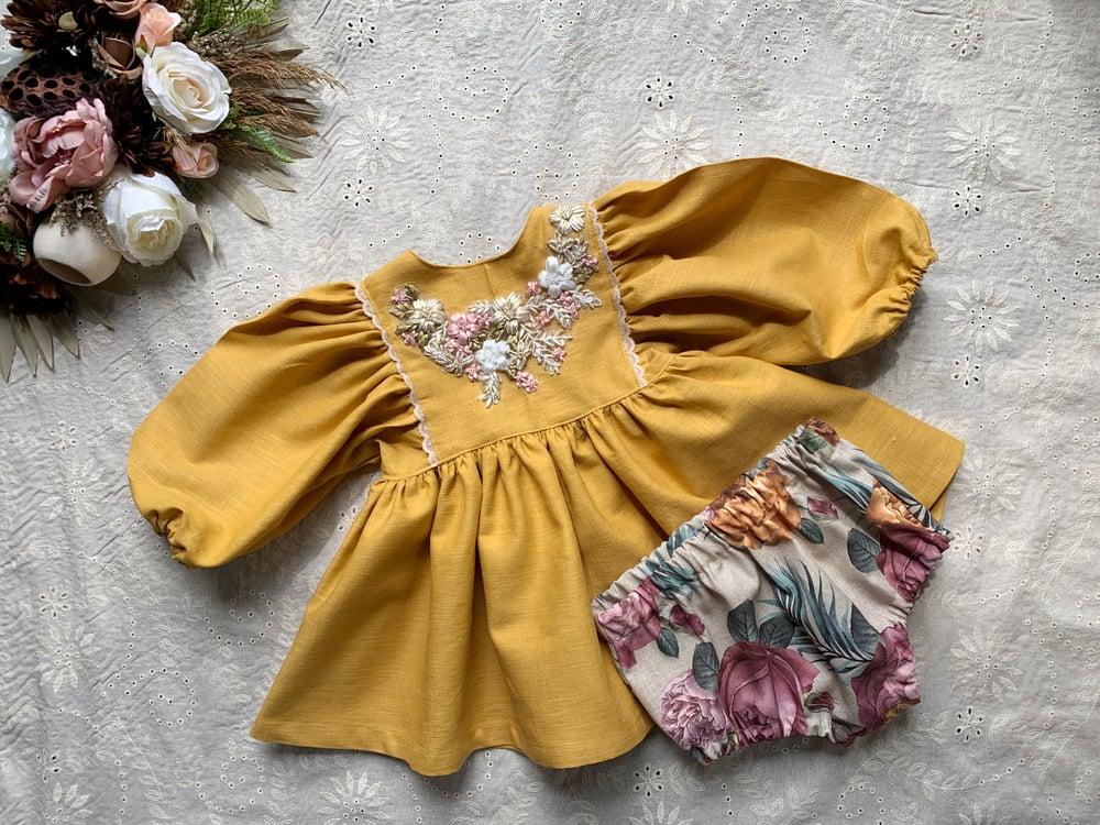 Image of Mellow yellow set