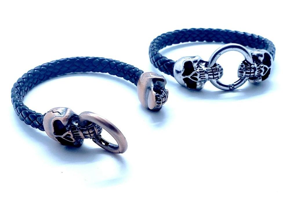 Image of Skull bracelet w/leather (*NEW!)