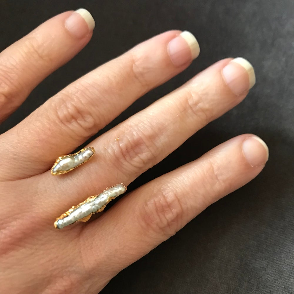 Image of ATLANTIC open front pearl ring