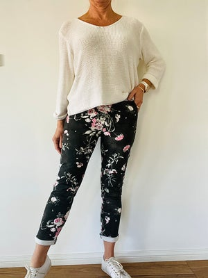 Image of Carolyn Floral Pants Black