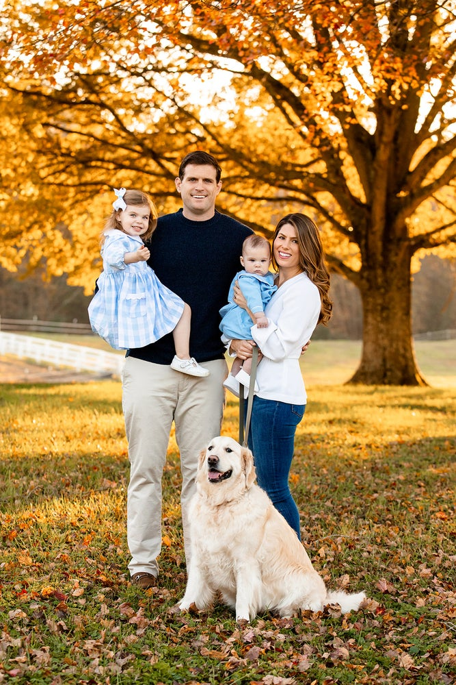 Image of Early Bird Special For Fall Family Sessions