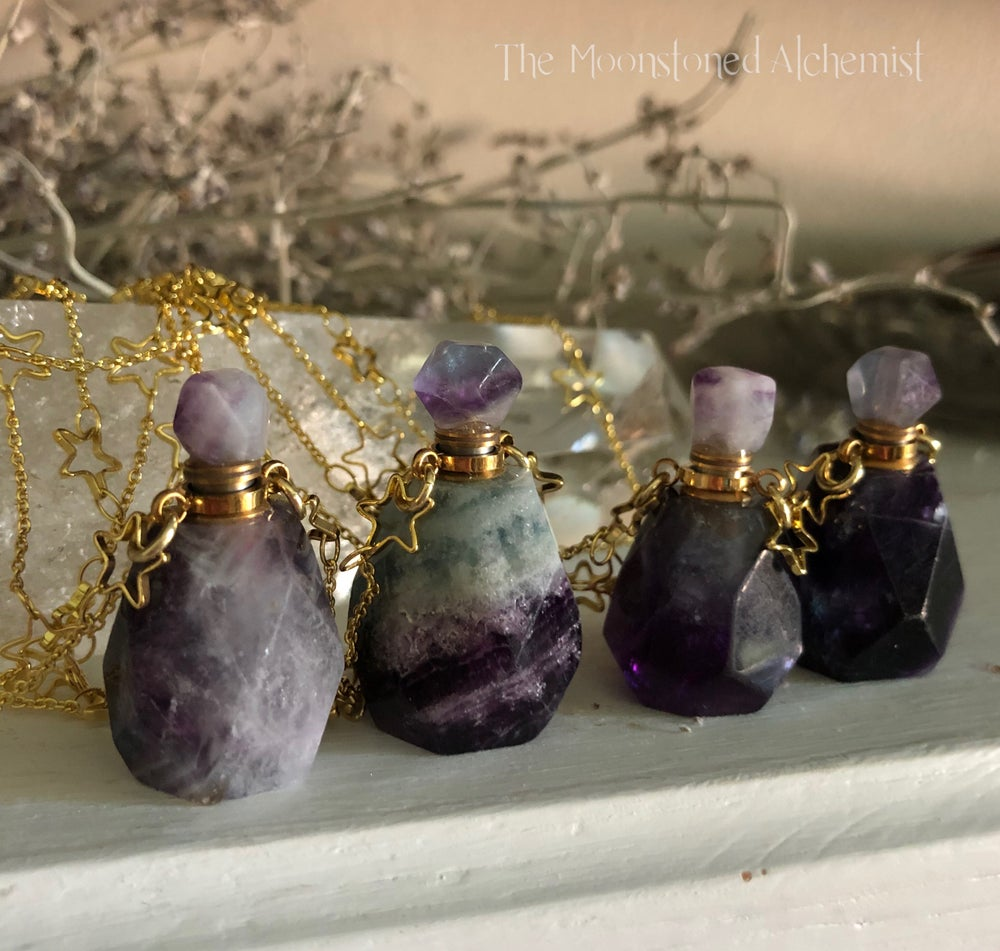 Image of Fluorite vial with star chain