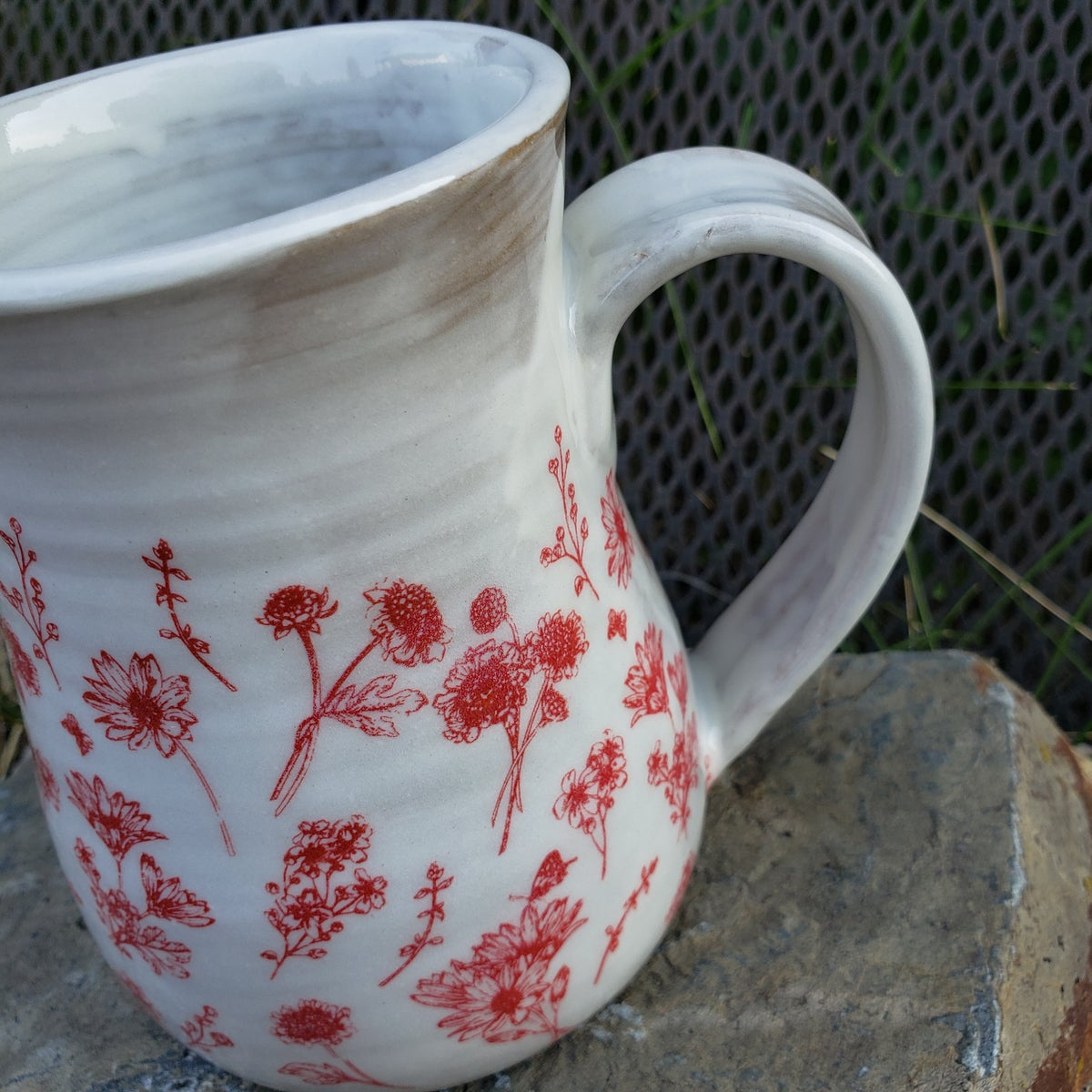 Image of Modern Minimal French Country Farmhouse Mug: Red