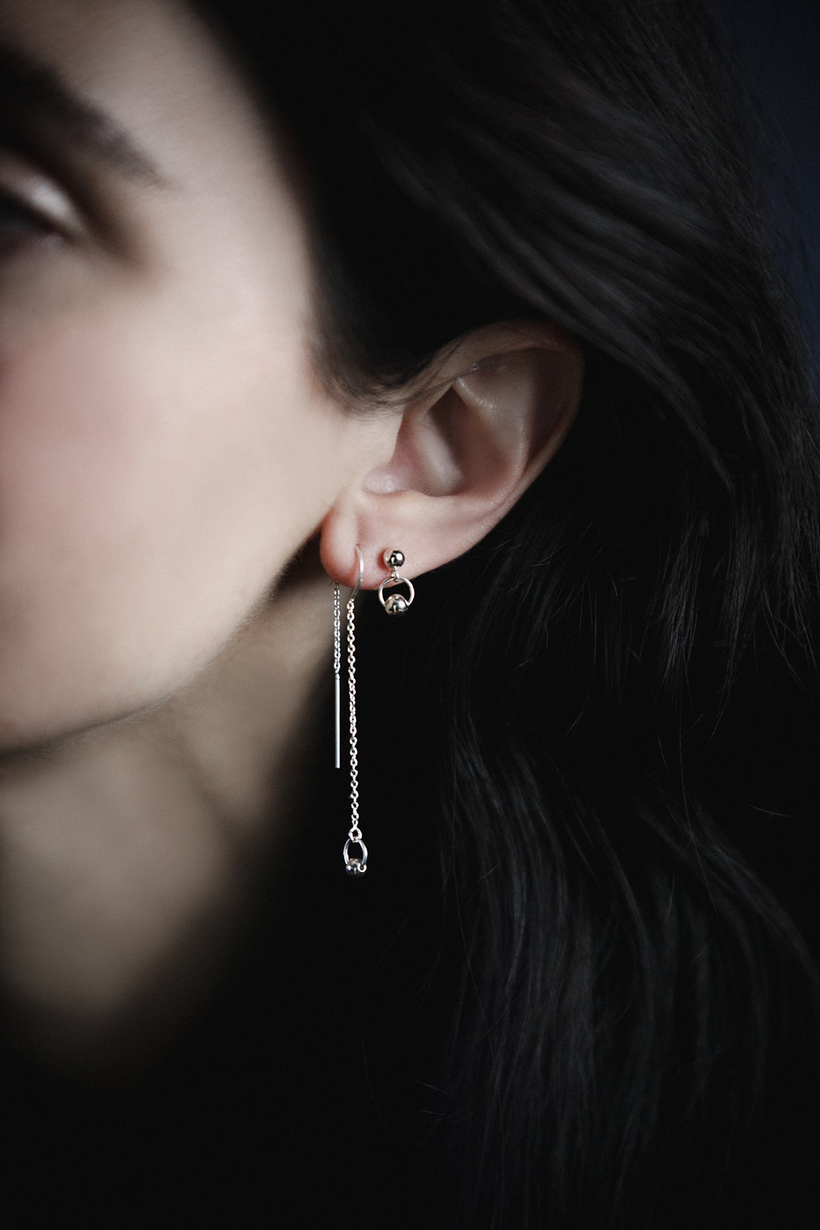 Image of SIMPLE SILVER short drop earrings