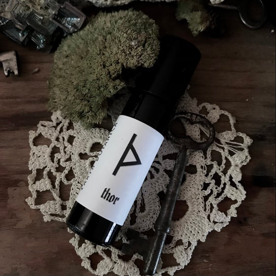 Image of Thor Anointing Oil (Oakwood, Saffron, Bay)
