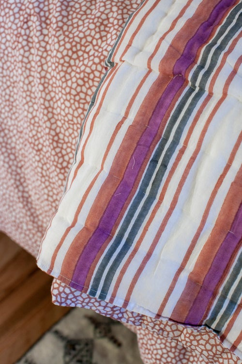Image of Honeycomb Quilt