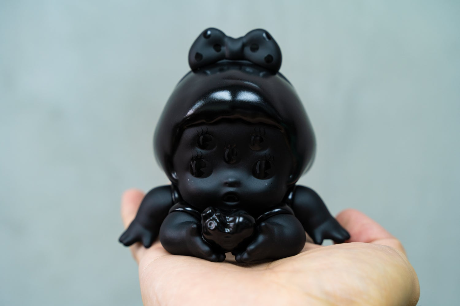 Image of MEMI UNBOX IN BLACK EDITION BY ABAO