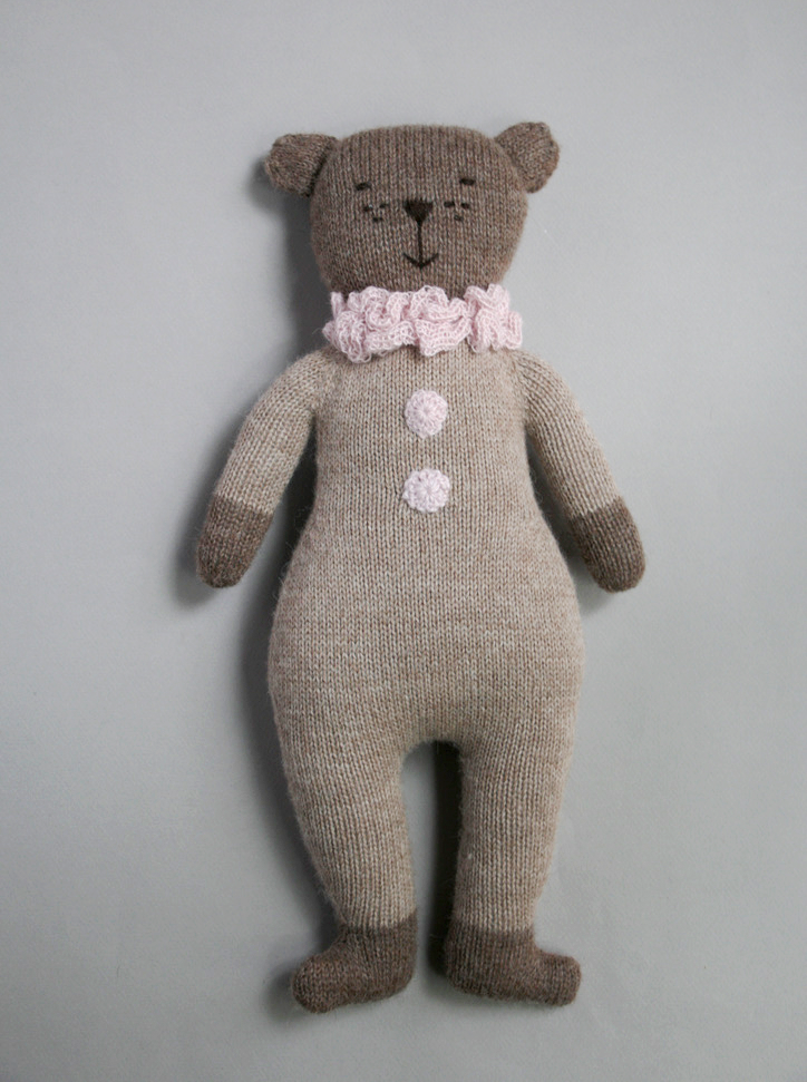 Image of teddy knit toy | latte pink