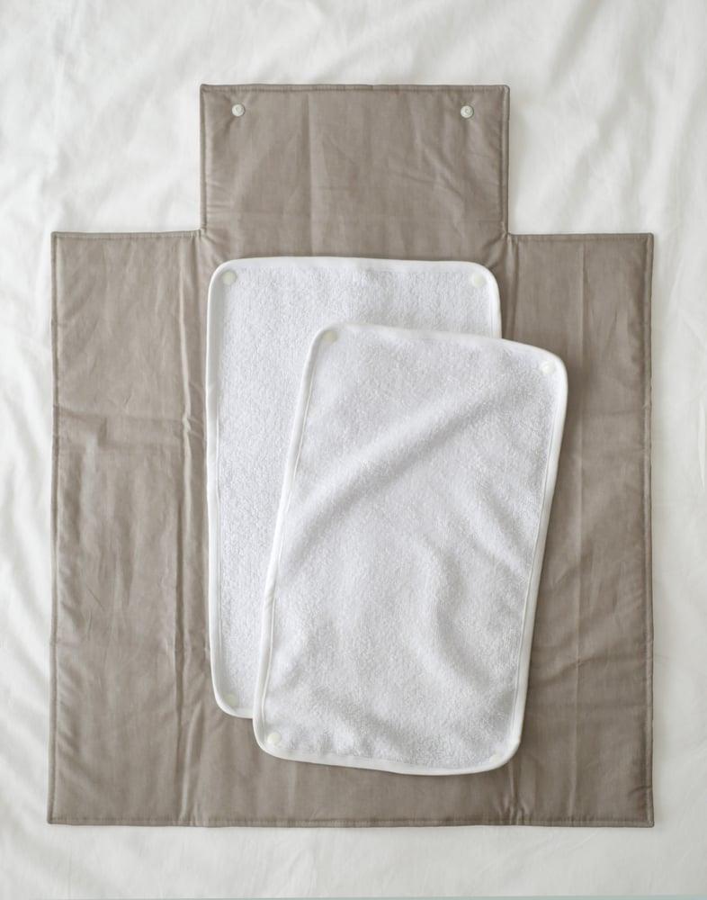 Image of MATELAS À LANGER NOMADE beige / NOMAD CHANGING MAT beige
