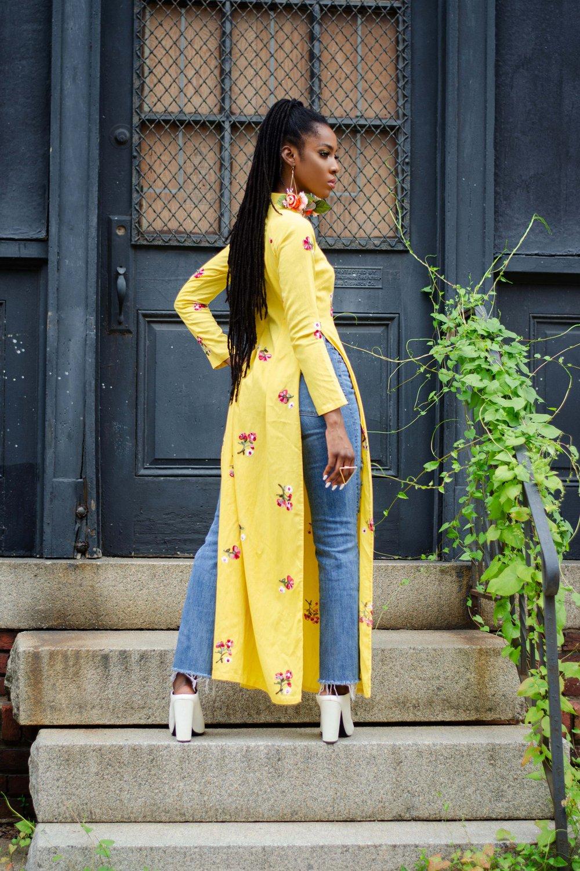 Image of Vintage Banana Yellow Floral Embroidered Qipao