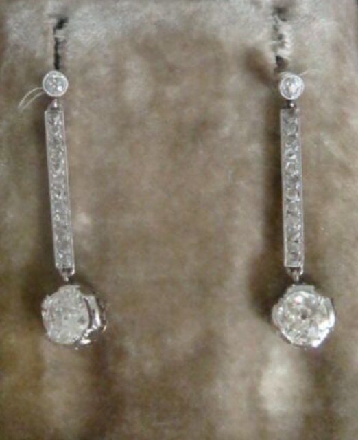 Image of Edwardian 18ct yellow gold old cut diamond 2.15ct solitaire drop earrings VS2-Si