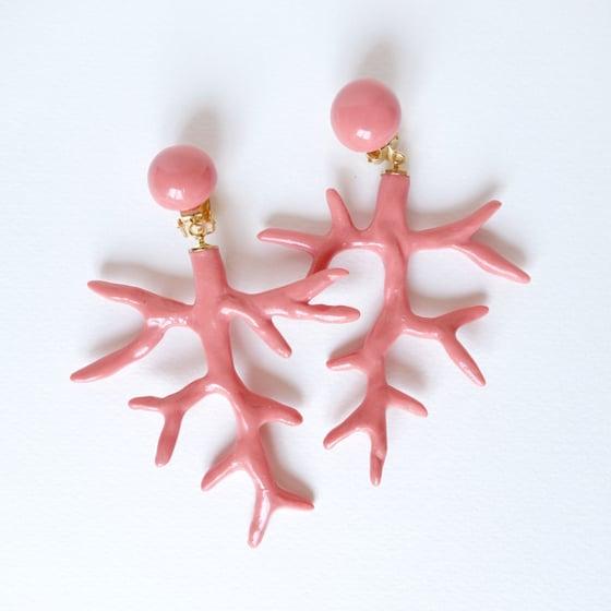 Image of Grandes boucles d'oreilles d'oreilles corail n°3