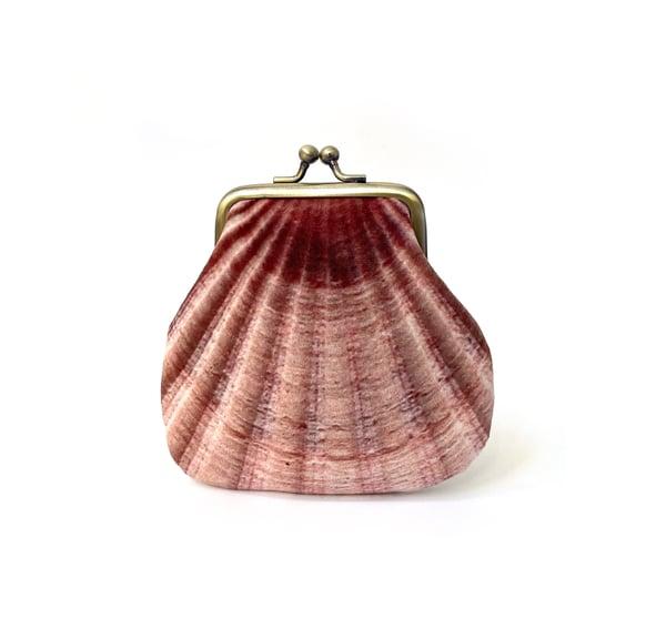 Image of Seashell, velvet kisslock coin purse