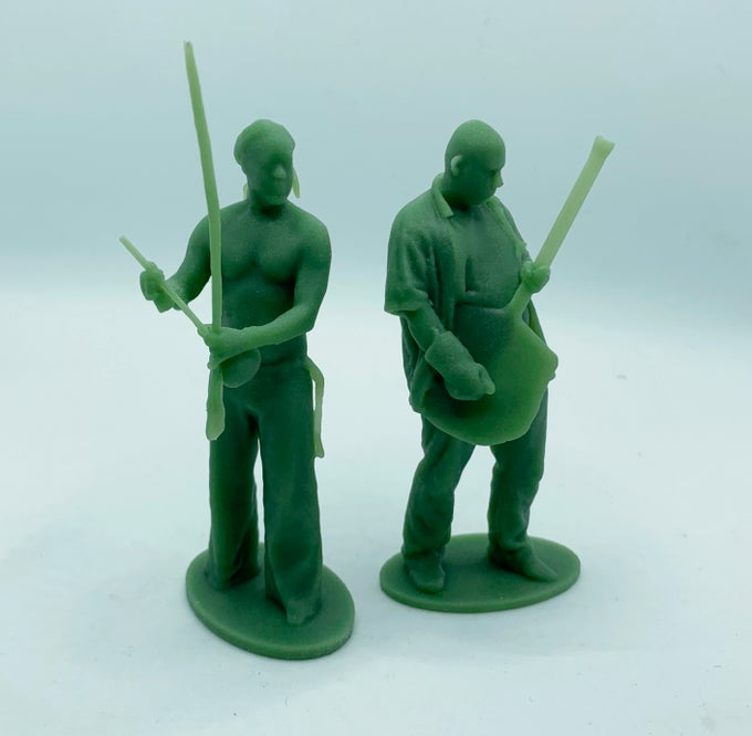 """Image of 2 people Armyman scan session & 3.25"""" figures"""