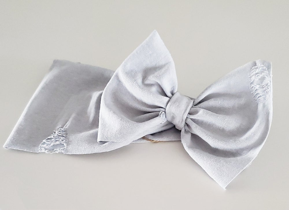 Image of Smoke distressed headwrap bow