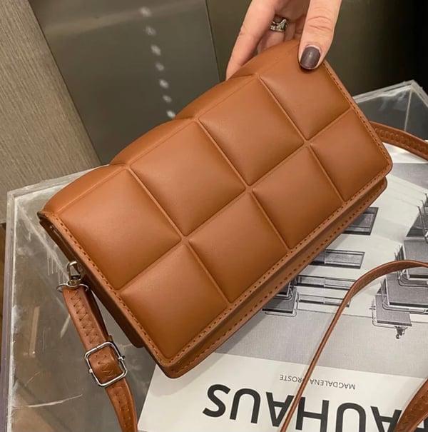 """Image of """"Tufted"""" Leather Shoulder Bag"""