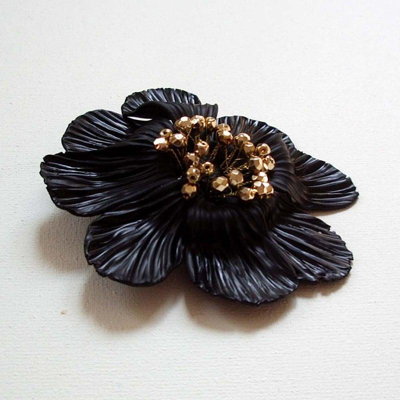 Image of Broche Grande fleur noire - 2010