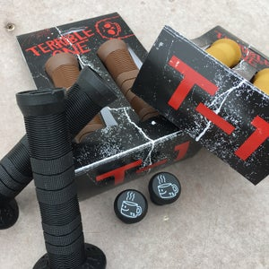 Image of T-1 Grips