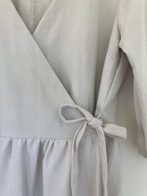 Image of Agnes French Linen Soft Grey