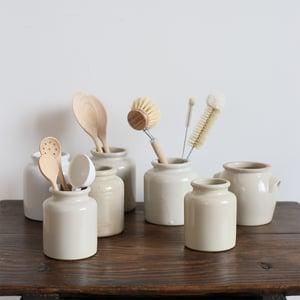 Image of Pot en grès beige 03