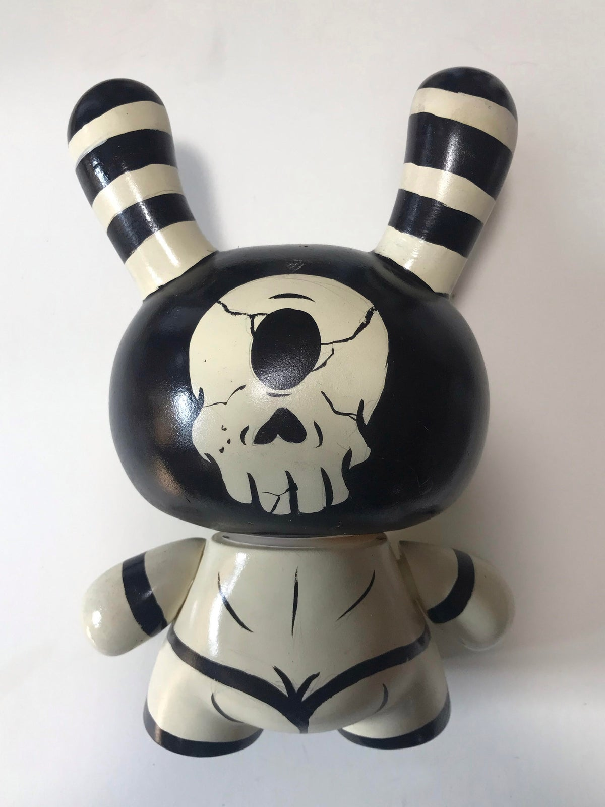 """Image of  Frank Forte """"S&M Cyclops Dunny"""" 8"""""""