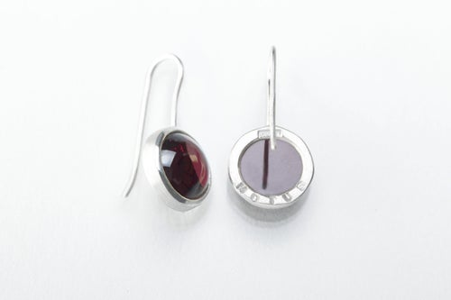 """Image of """"Powered by love"""" silver earrings with garnets · MOTUS AMORE ·"""