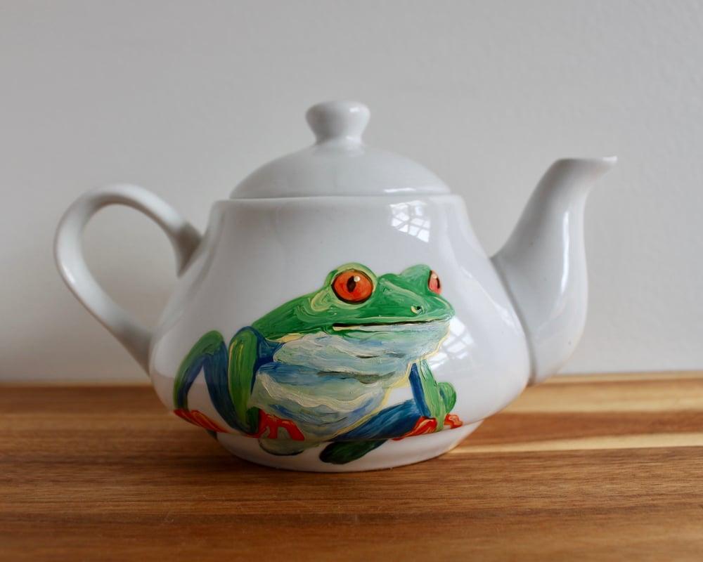 Red-eyed Tree Frog Teapot