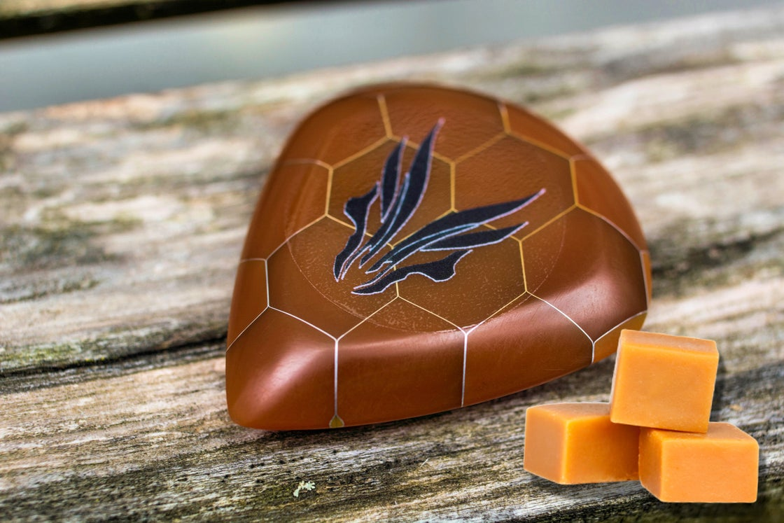 Image of Limited Edition 9mm 'CARAMEL - COMB' plectrums