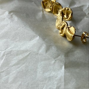 22ct Gold Vermeil Mini Droplet Uisce Earring