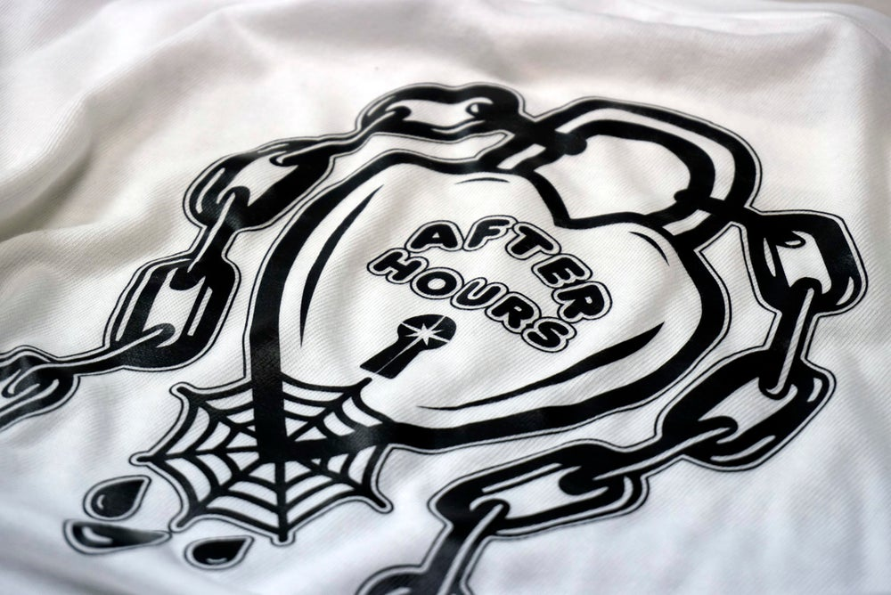 Image of Rare Hearts - Cropped T