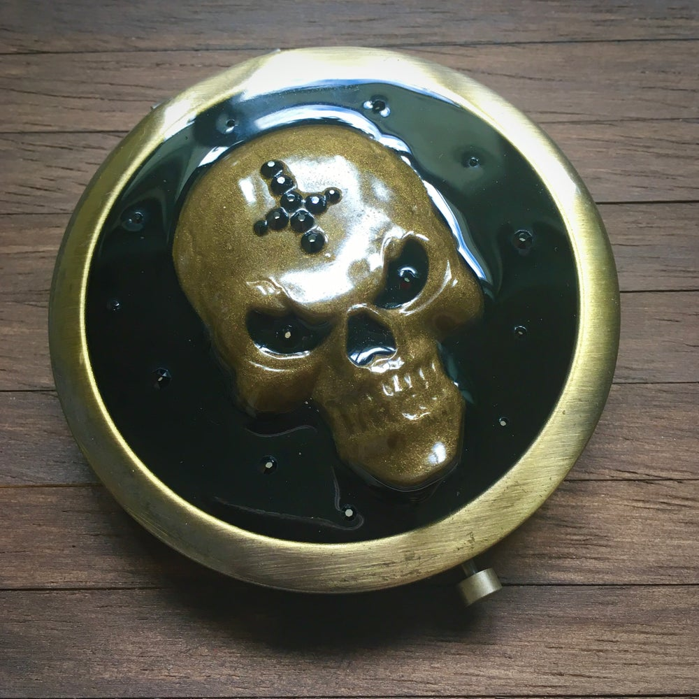 3D Resin Skull Compact Handbag Mirror in Bronze