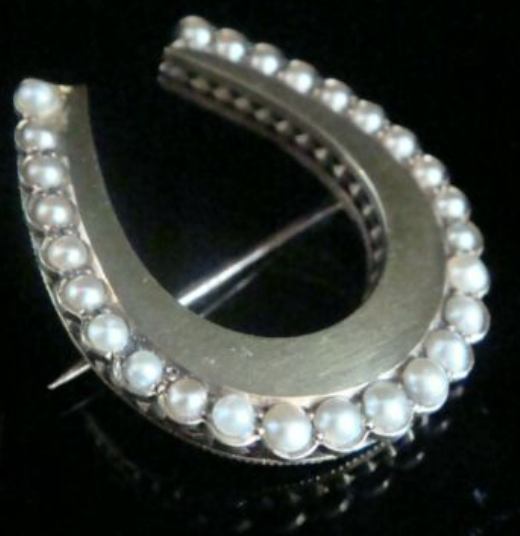 Image of EDWARDIAN VICTORIAN 15CT LARGE NATURAL SEED PEARL HORSESHOE BROOCH
