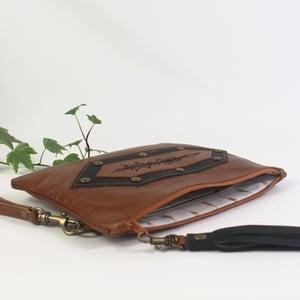 Image of Leather Arrow Wristlet Clutch - Tan