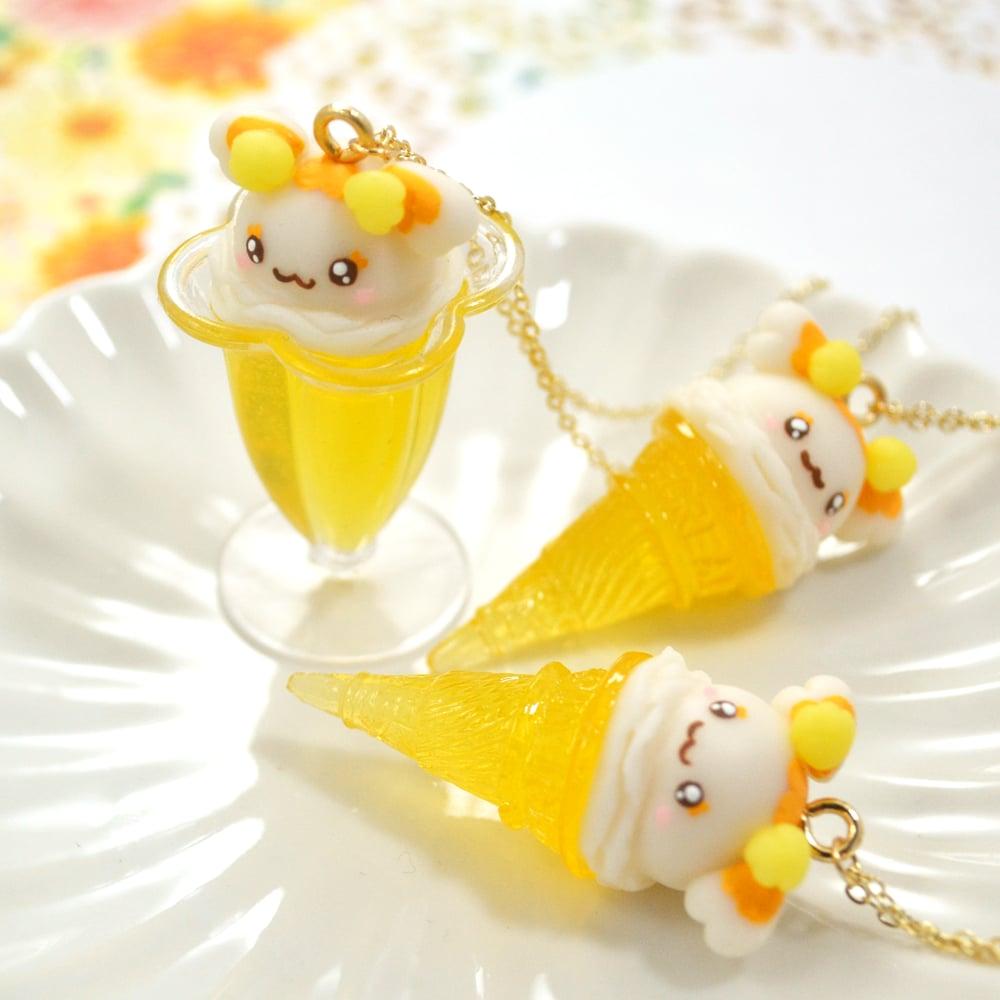 Potpourri Dessert Necklace