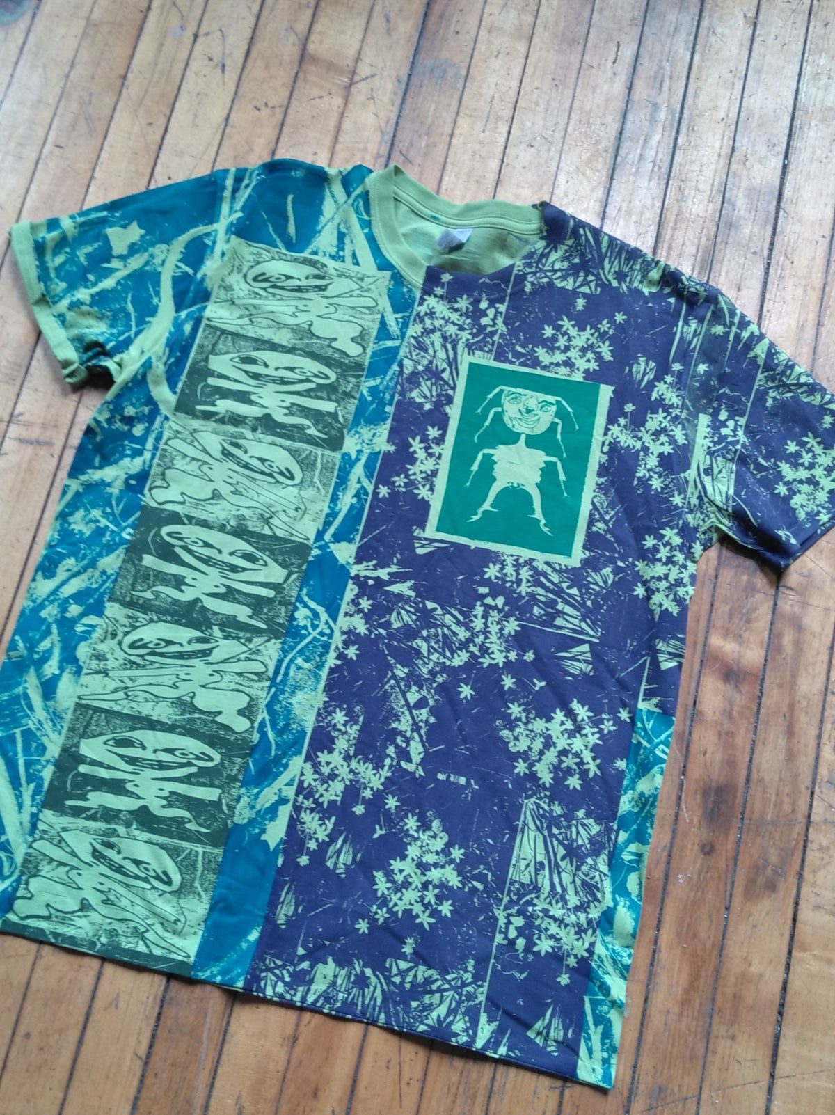 Image of Green Twigs & Figurines T [XL]