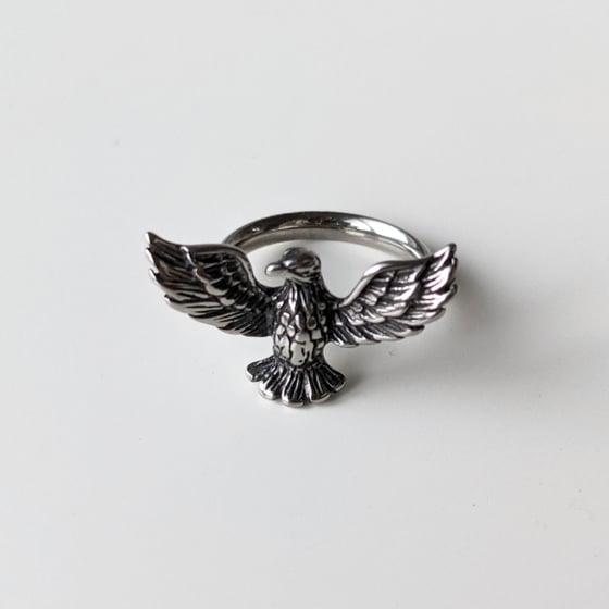 Image of Eagle Midi Ring