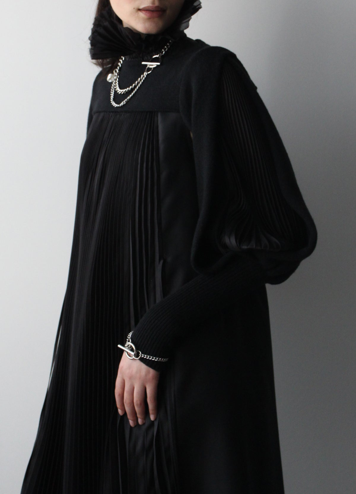 Hand knit wool cashmere puff sleeve with pleated detail