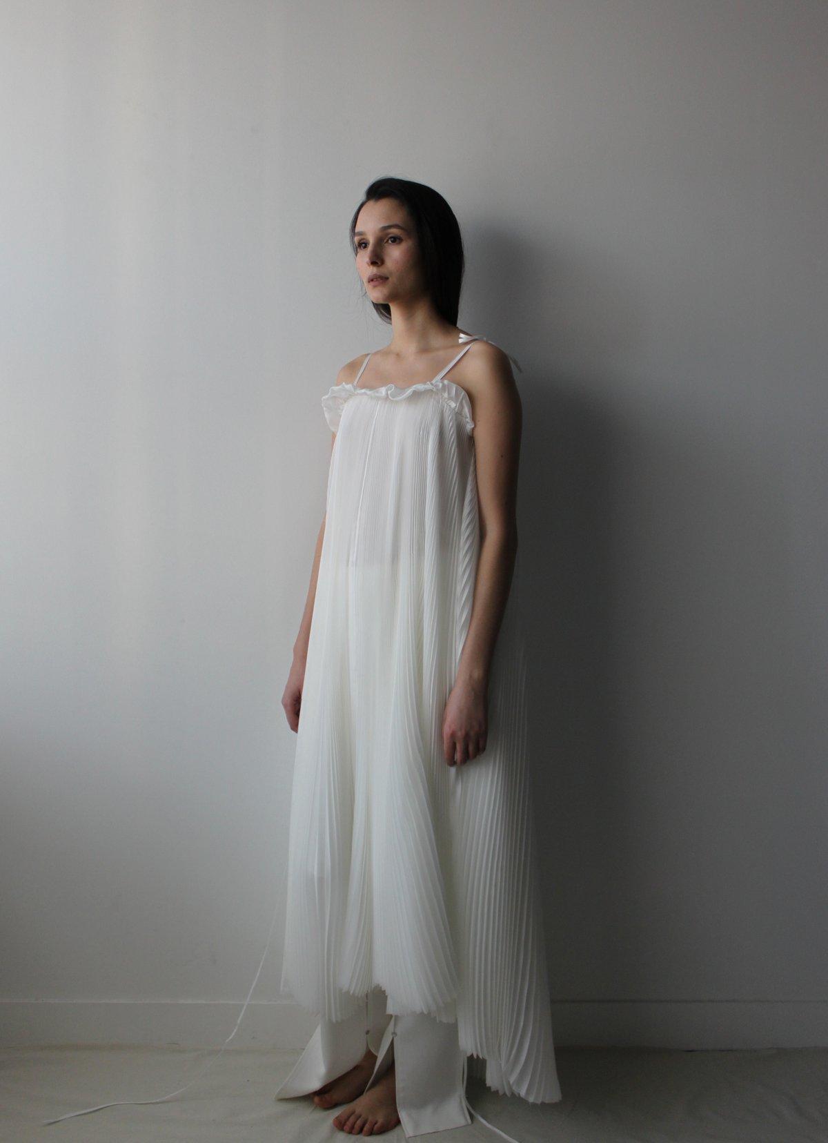 Silk pleated full dress