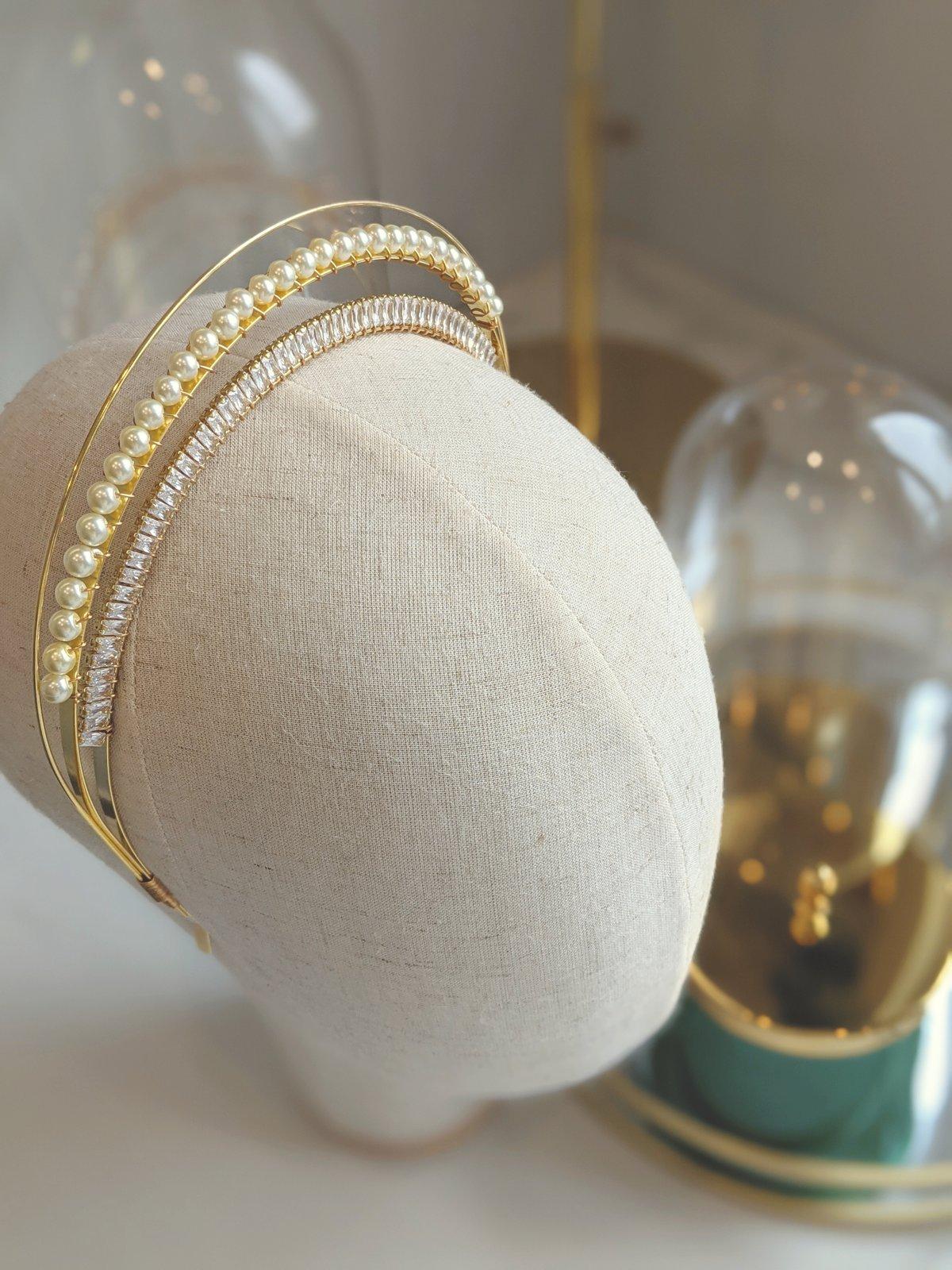 Aphrodite halo headband