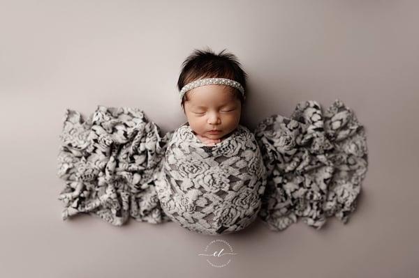 Image of Sawyer BabyPlush Backdrop - dove gray