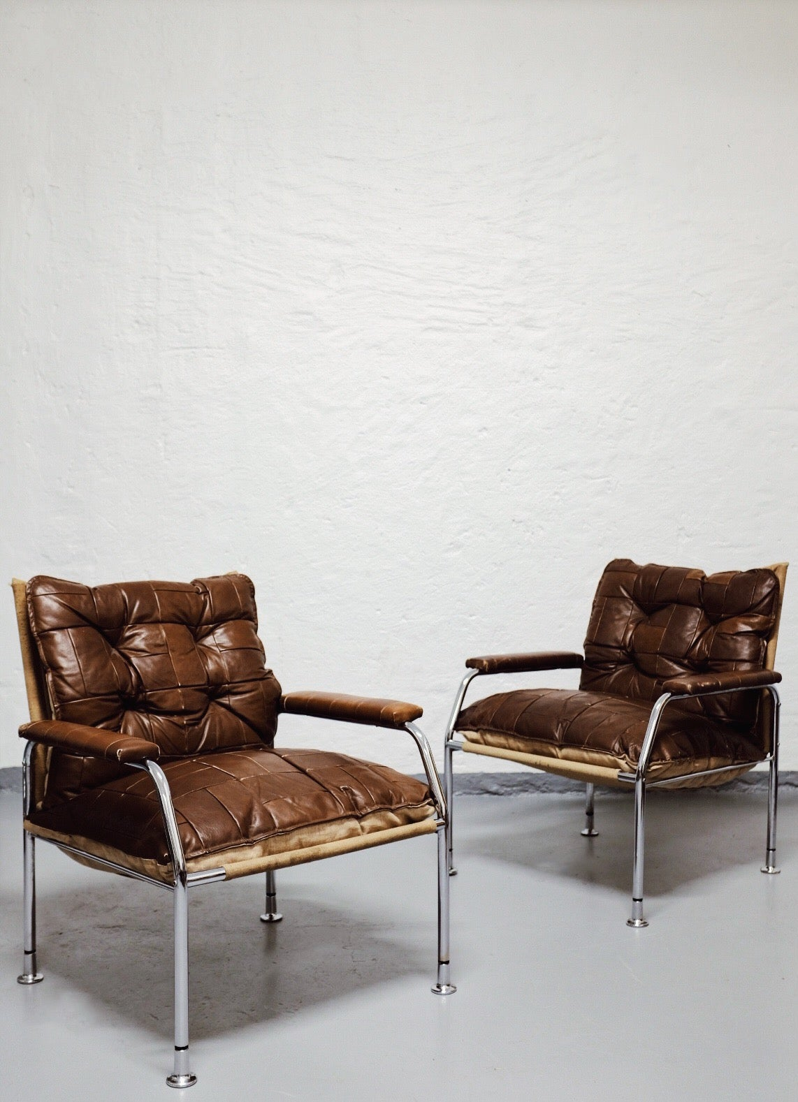 1970s easy chairs
