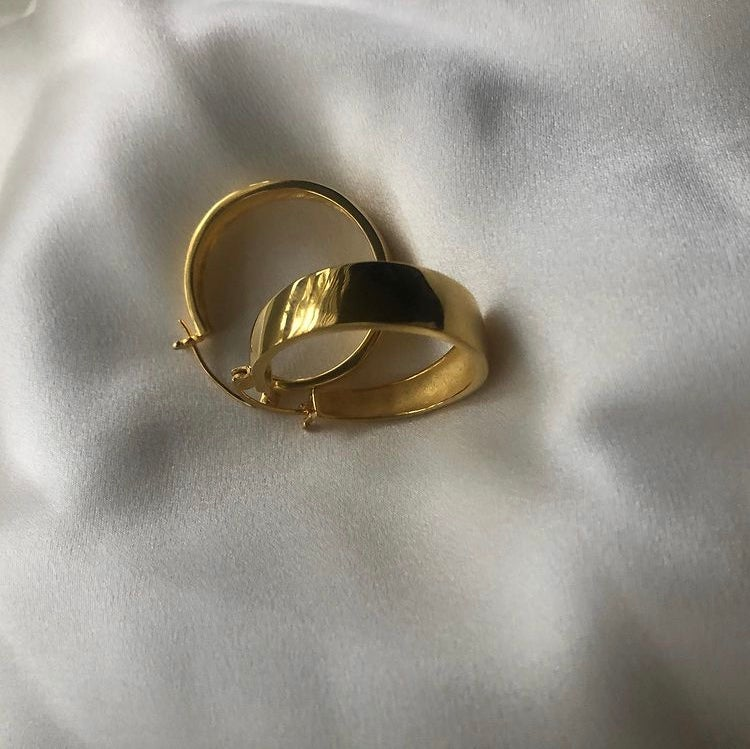 Image of JESSICA HOOPS