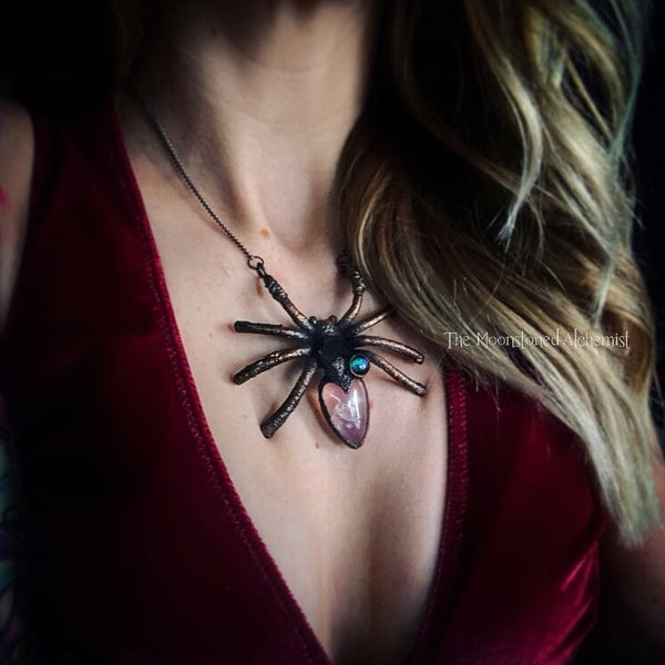 Image of Lg Second Series Spider Queen Amulet