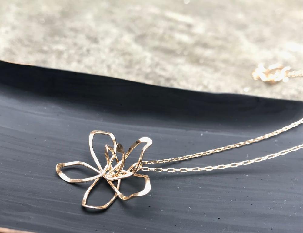 Image of Azalea necklace