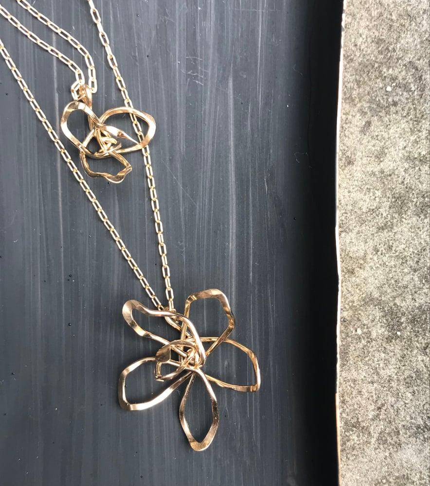 Image of Iris necklace