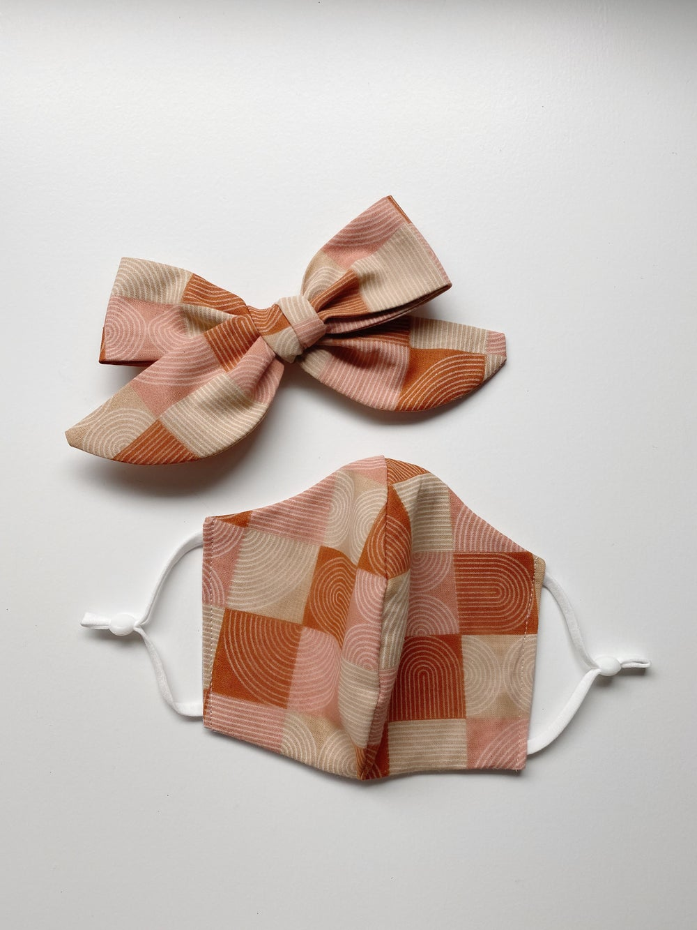 Image of Face Mask & Bow Set | Neutral Rainbows
