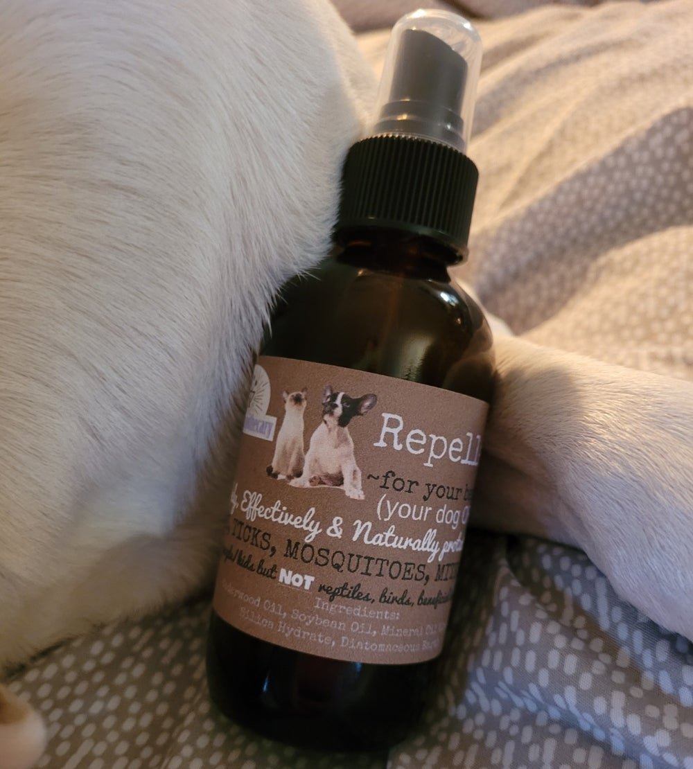4 oz. Repellent~for your best friend!  (For fleas, ticks, mosquitoes, mites + ants!)